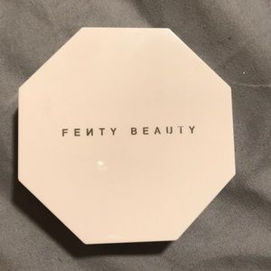 Fenty Beauty Makeup - New Fenty Killawatt Highlighter Duo Mimosa Sangria